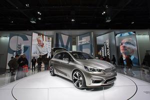 Robe: в темпе BMW и Mini на Парижском автошоу