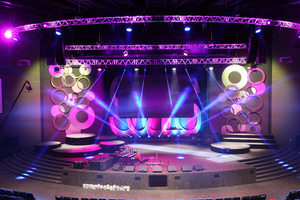 Robe Brings The Idol Vibe to New CRC Auditorium