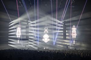 Robe SuperSpikie освещают Fuse25 в Брюсселе