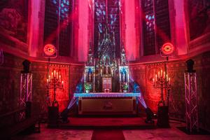 Erleuchtung mit Robe in der St. Stephanus Kirche in Goch-Kessel